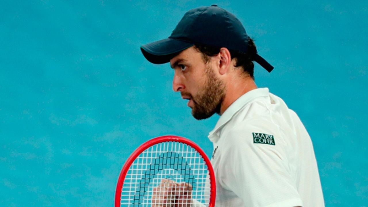 Карацев выиграл турнир в Дубае и завоевал первый титул ATP в карьере