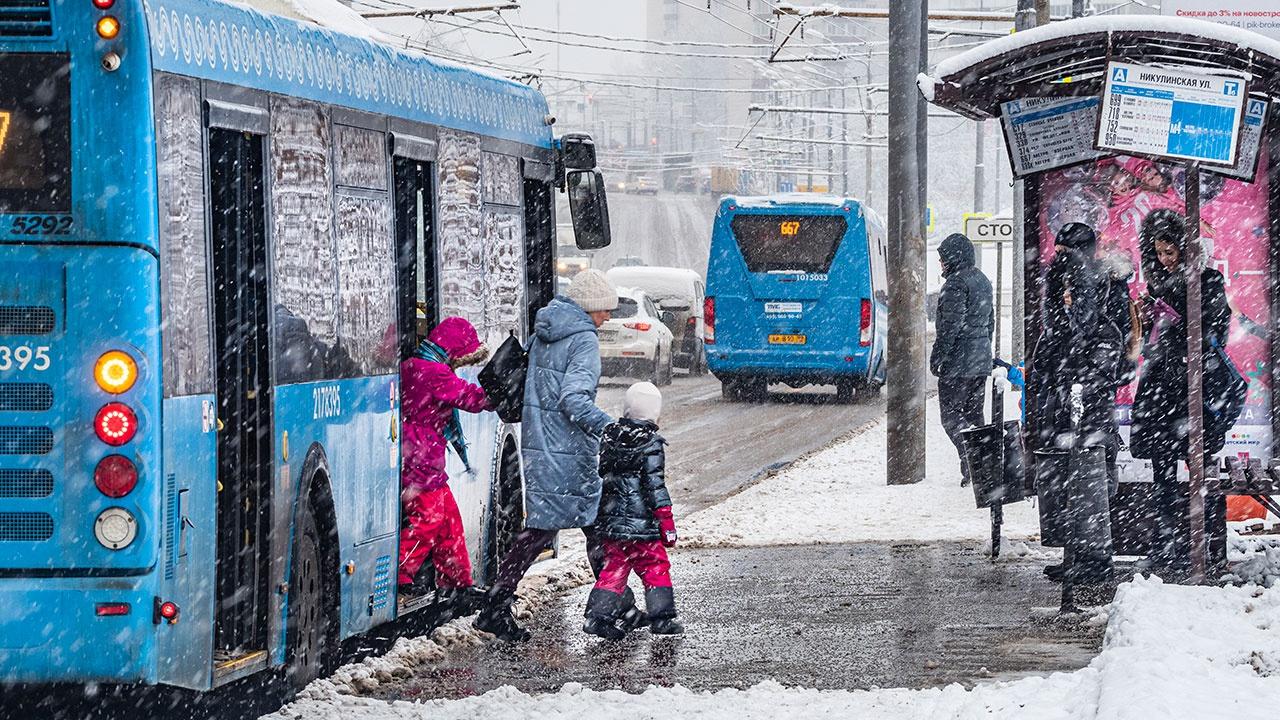 Проезд детей до 16 лет в автобусах предложили сделать бесплатным