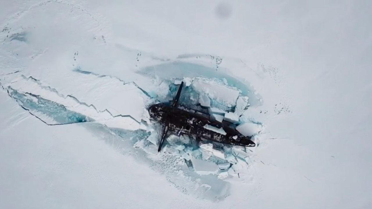 Кадры синхронного всплытия российских атомных подлодок в Арктике поразили японцев