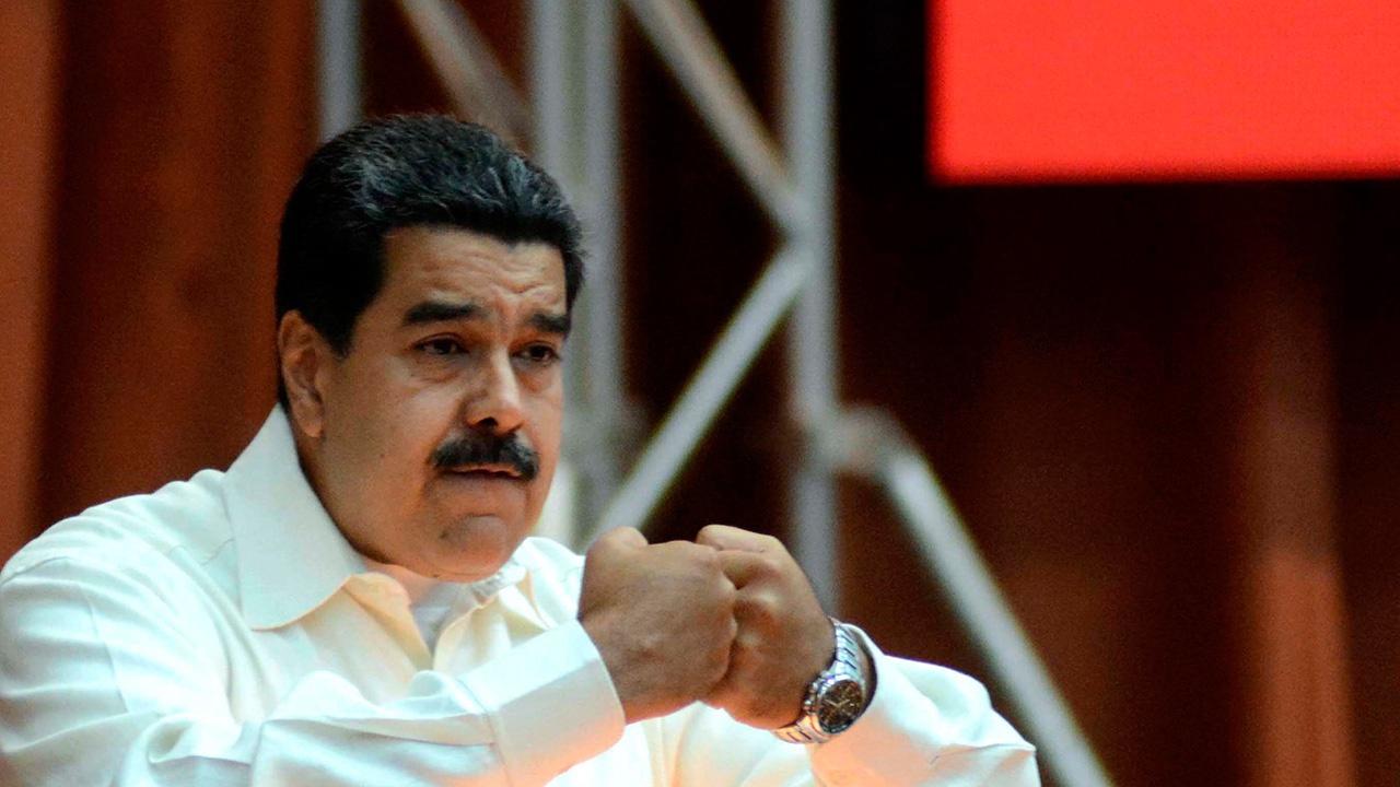 Facebook заблокировал аккаунт Мадуро