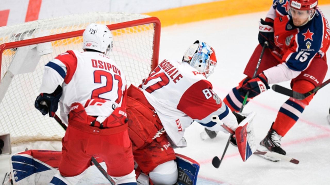 ЦСКА обыграл ярославский «Локомотив» и вышел в полуфинал плей-офф КХЛ