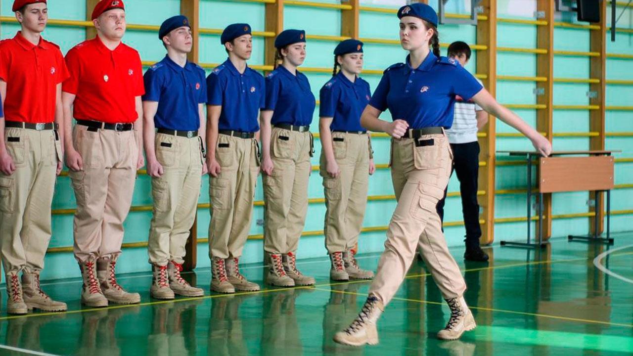 В Красноярском крае выбрали лучших юнармейцев для участия в Параде Победы