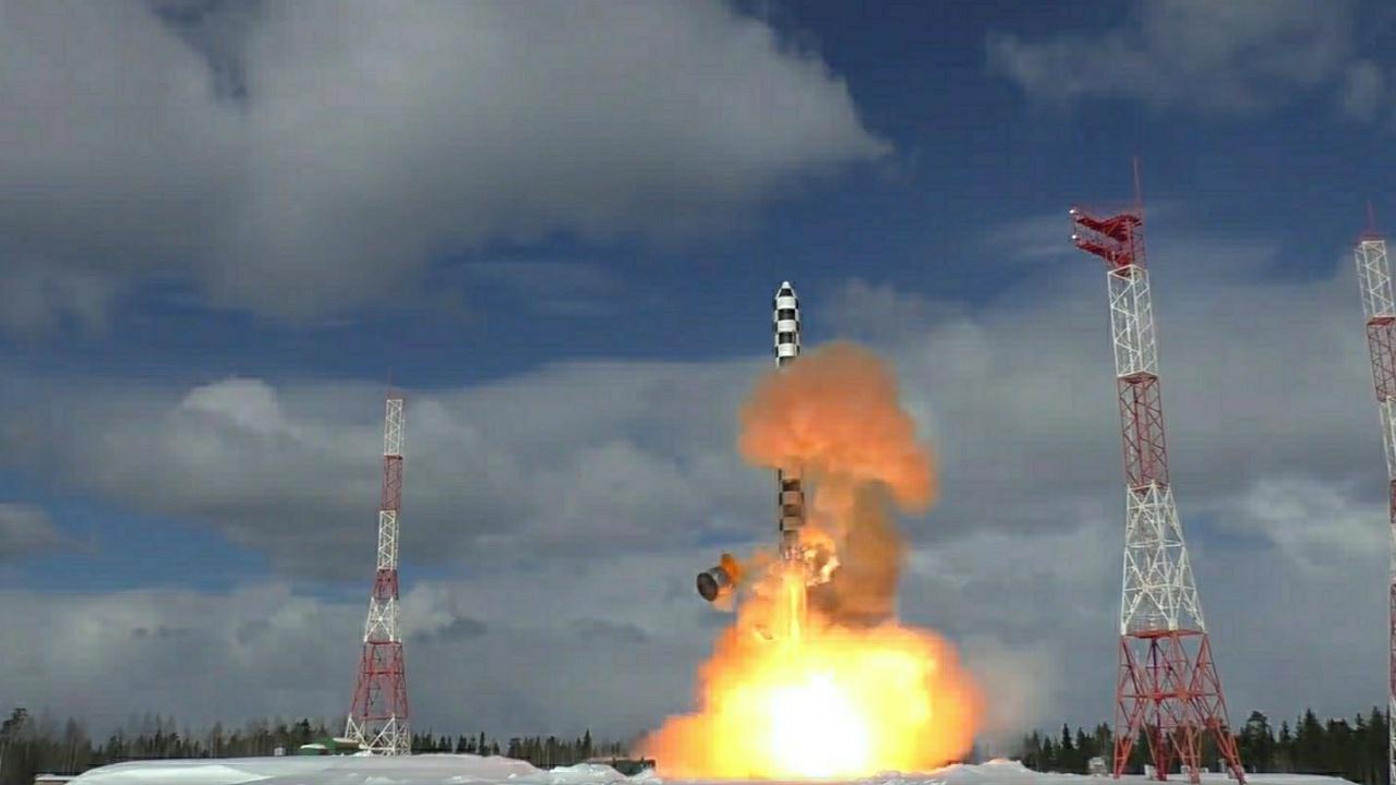 В Роскосмосе сообщили о подготовке к летным испытаниям МБР «Сармат»
