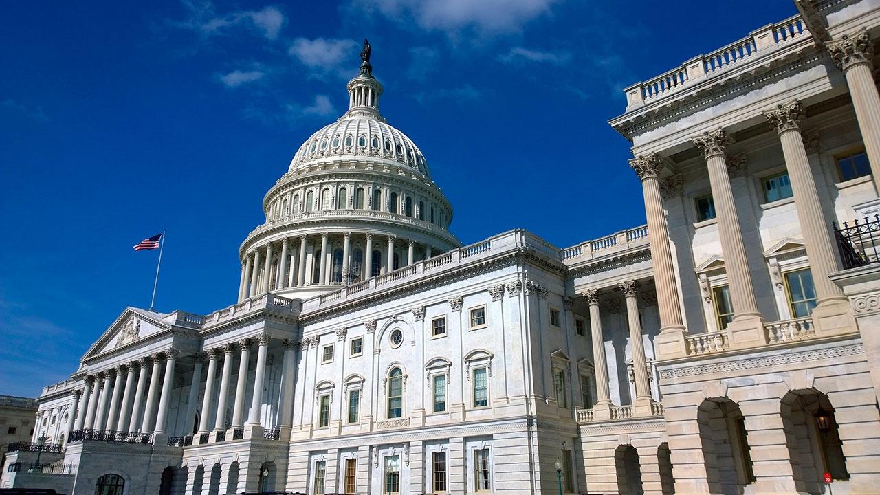 В здании Конгресса США объявлена эвакуация из-за подозрительного пакета
