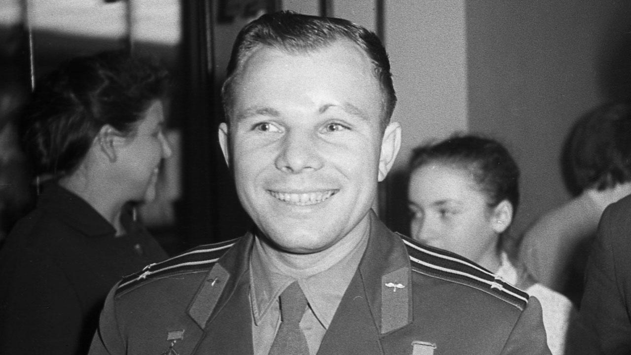В Тунисе открыли бюст первого в мире космонавта Юрия Гагарина