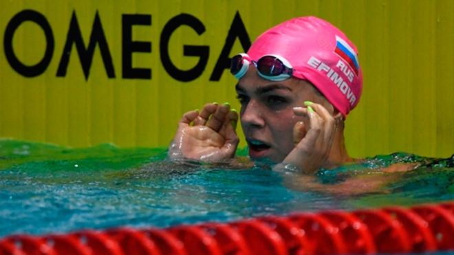 Ефимова в свой день рождения заняла первое место на ЧР на дистанции 50 метров брассом