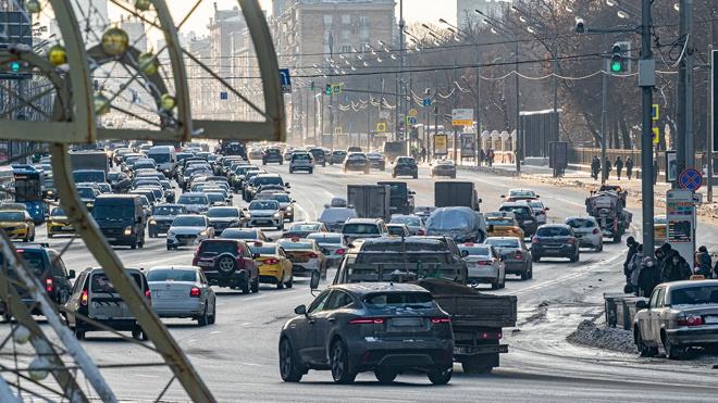 В России могут ввести дорожные знаки с меняющейся информацией