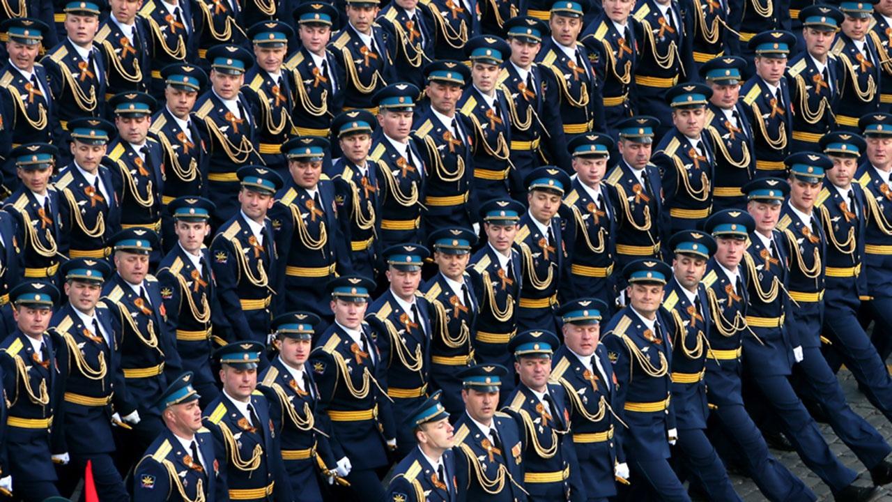 В Кремле рассказали о санитарных мерах при проведении Парада Победы в Москве