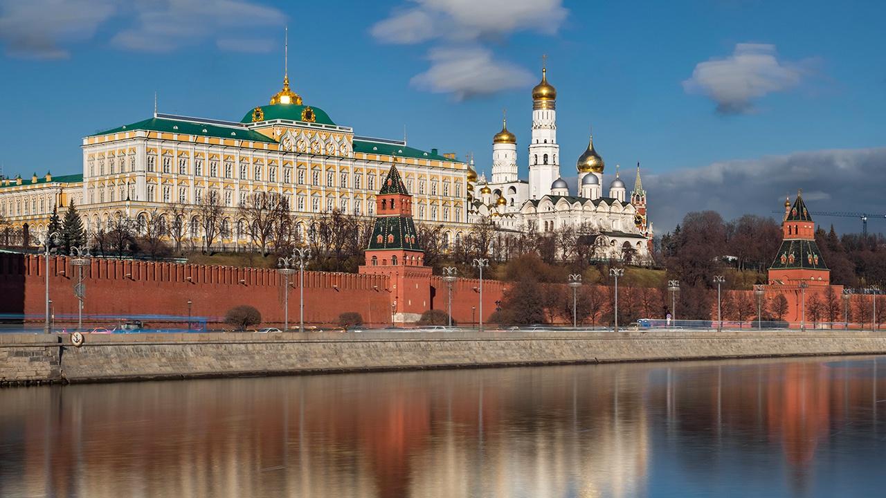 В Кремле рассказали, как долго российская группировка войск будет находиться вблизи Украины