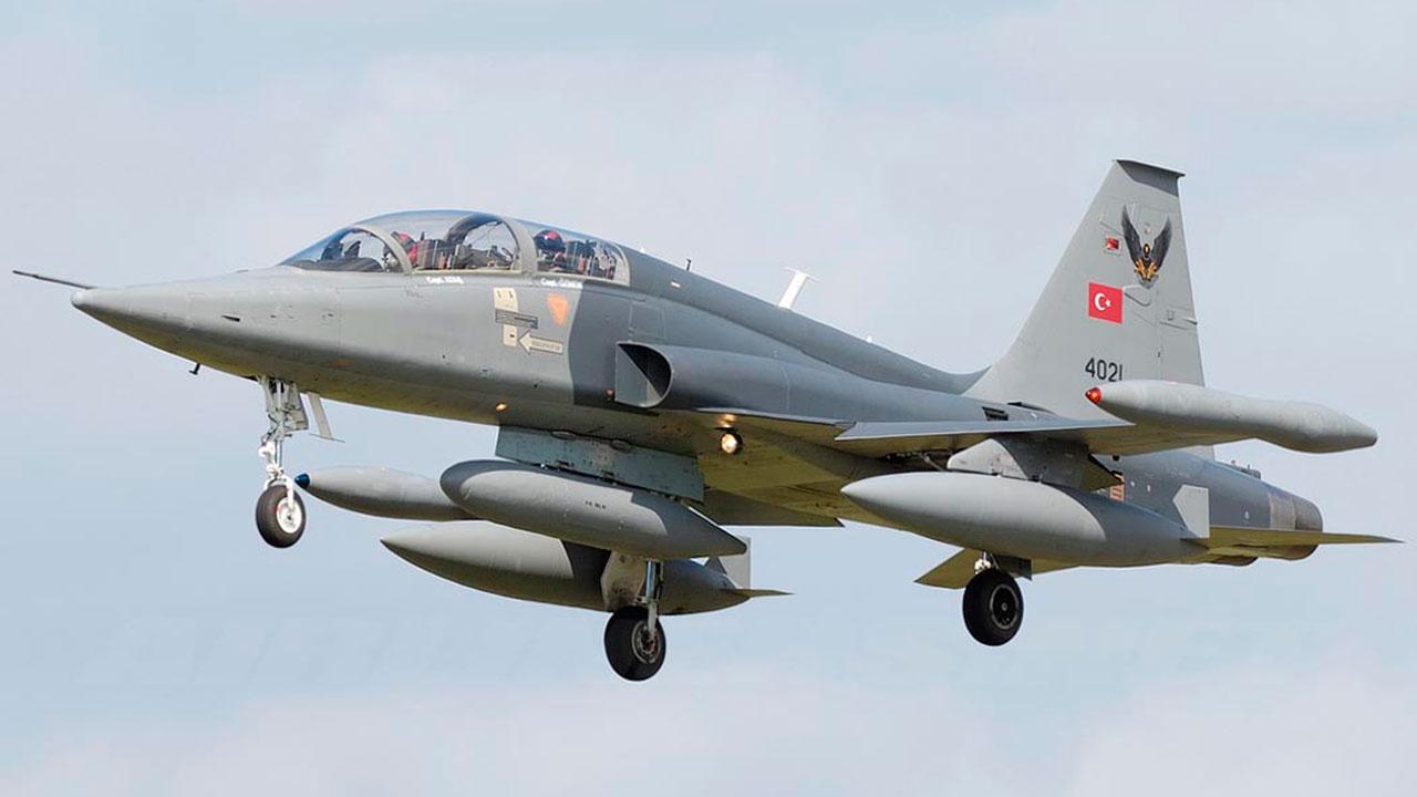 СМИ: в Турции разбился истребитель NF-5