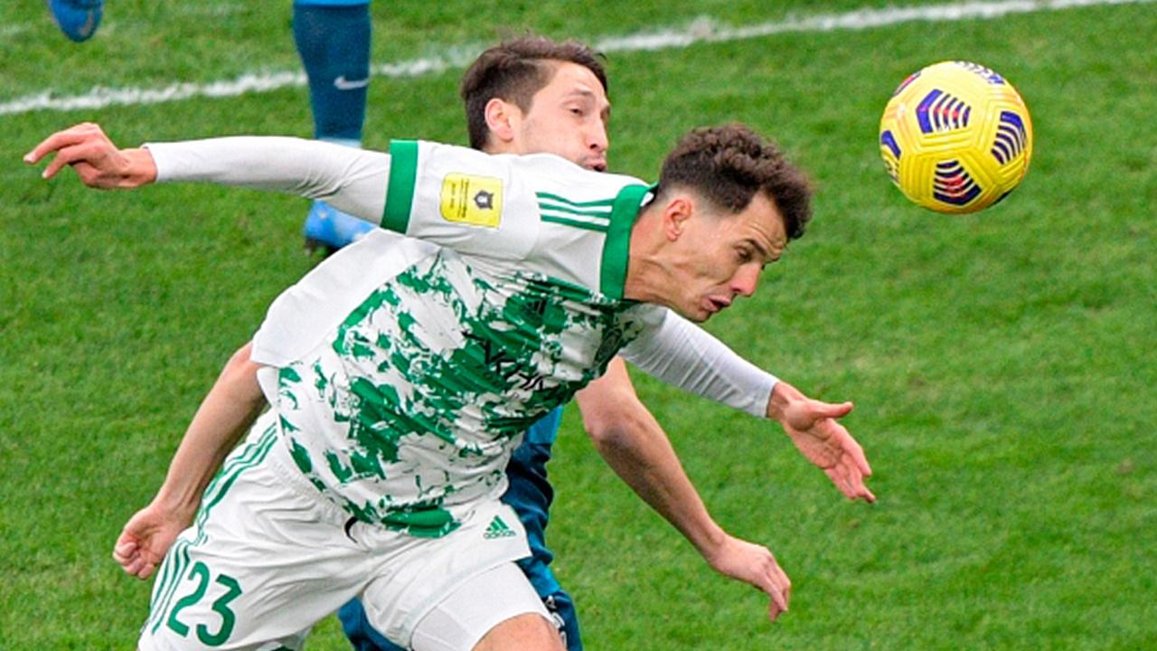 «Локомотив» и «Ахмат» стали первыми полуфиналистами Кубка России по футболу
