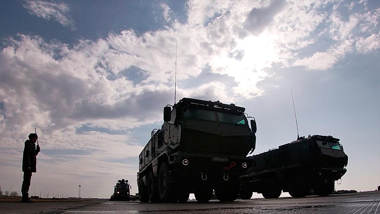 С-400 «Триумф», «Ураганы» и «Грады»: под Самарой прошла первая тренировка парада Победы