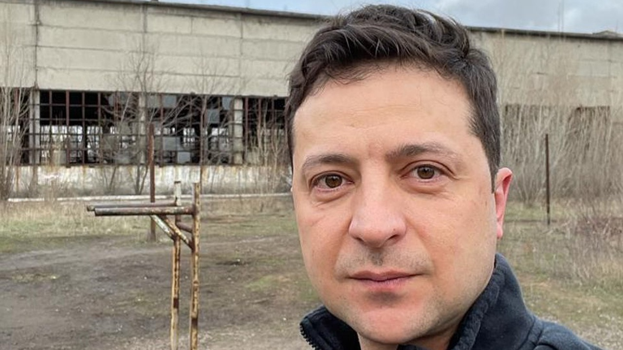 Зеленский опубликовал селфи из Авдеевки