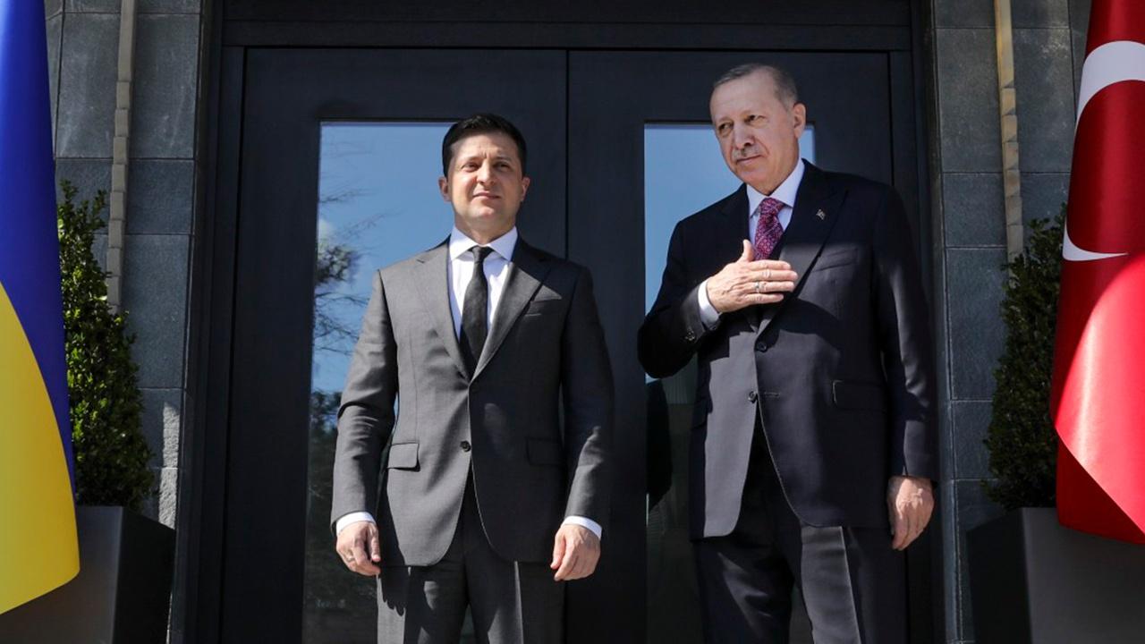 Зеленский и Эрдоган выступили с итоговым заявлением после переговоров в Стамбуле