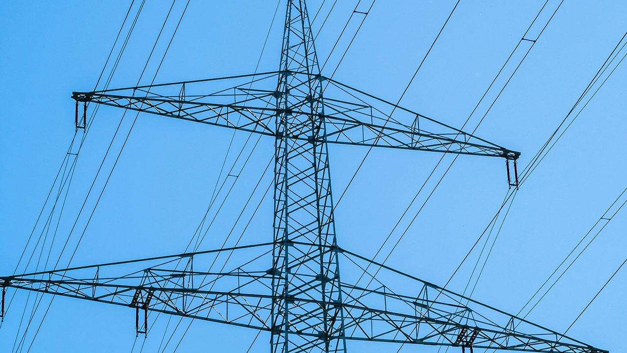 Эксперт назвал обоснованную цену на электроэнергию для России