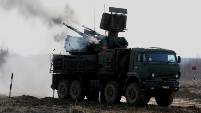 Пуски ракет и стрекот автопушек: расчеты ПВО Балтфлота поразили воздушные цели под Астраханью