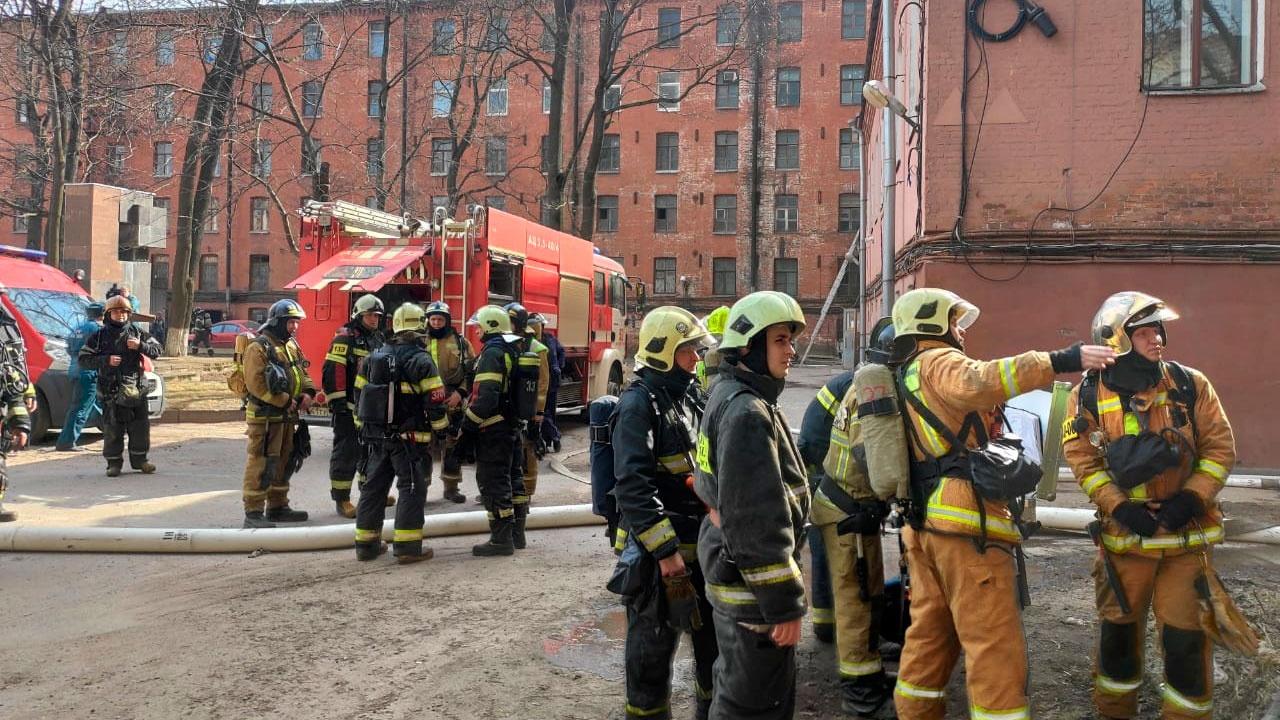 Тело погибшего обнаружили на месте пожара в «Невской мануфактуре» в Петербурге