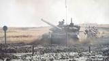 Скорость и брызги: в суровых условиях под Челябинском определилась лучшая команда ЦВО по «Танковому биатлону»