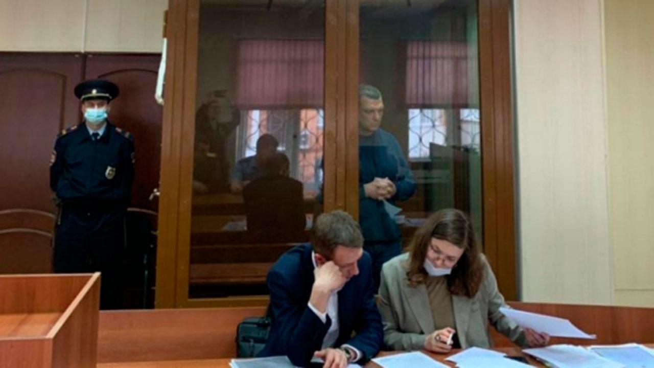 Суд выбрал меру пресечения экс-владельцу «Меньшевика»