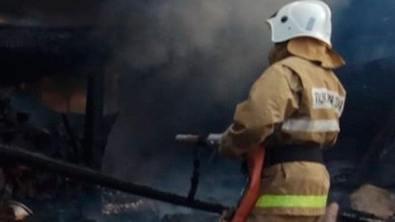 Четыре ребенка погибли при пожаре в Свердловской области