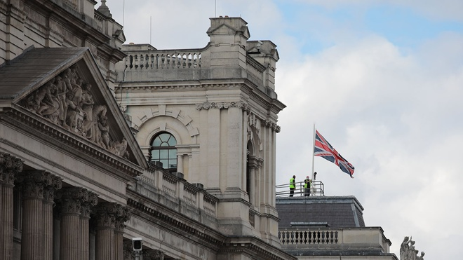 МИД Британии и Польши вызвали послов России