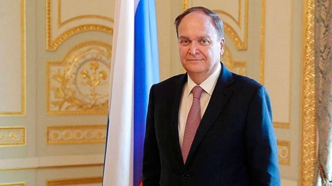 Лавров: посол Антонов продолжает консультации в Москве