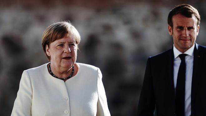 Меркель и Макрон призвали Россию «убрать войска» от границы с Украиной