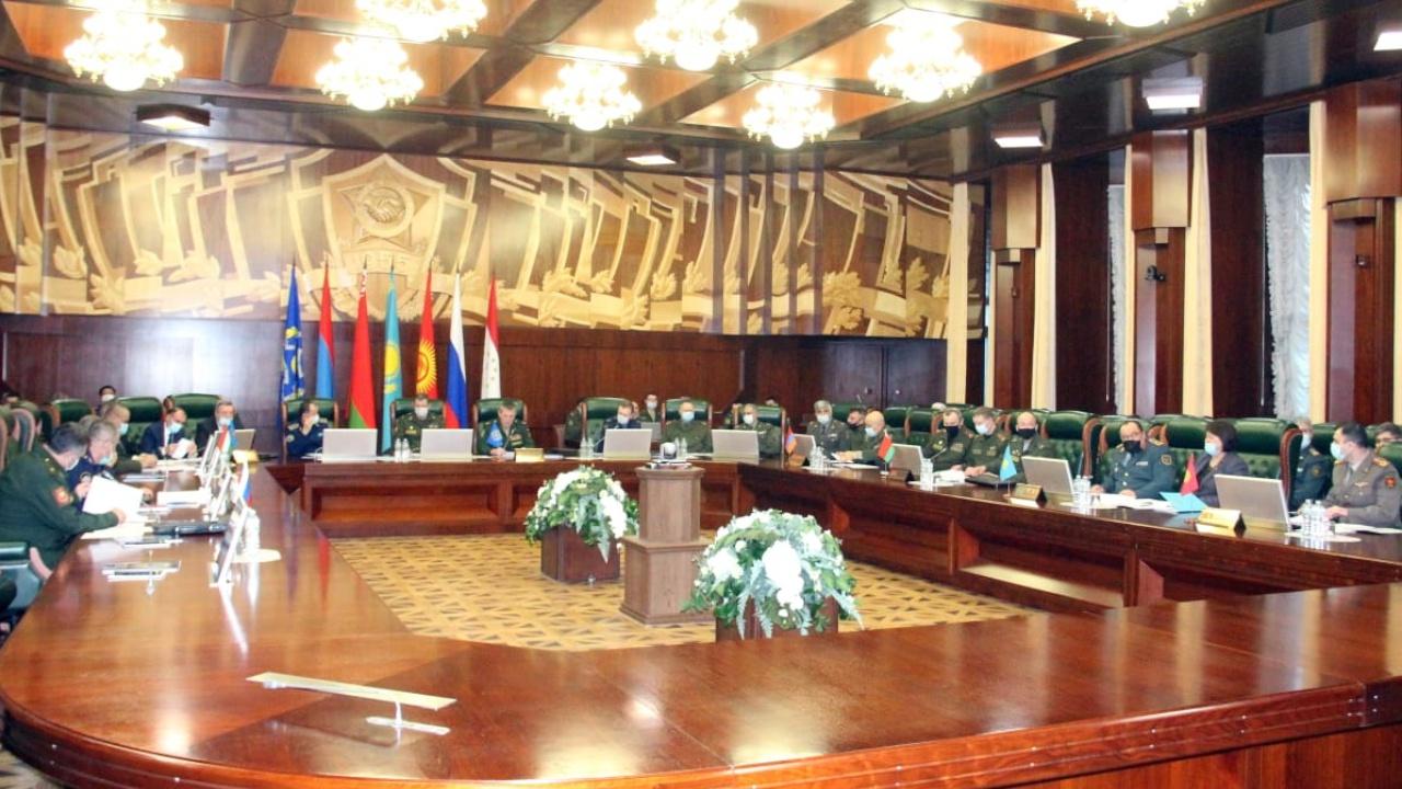 Представители ОДКБ обсудили совместные учения в 2021 году
