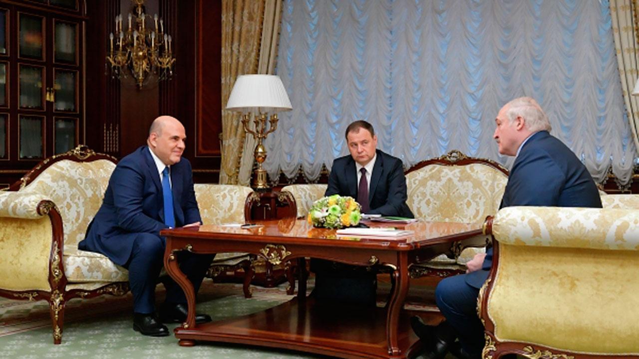 Мишустин предложил Лукашенко подумать об интеграции налоговых систем, но «без поглощения»