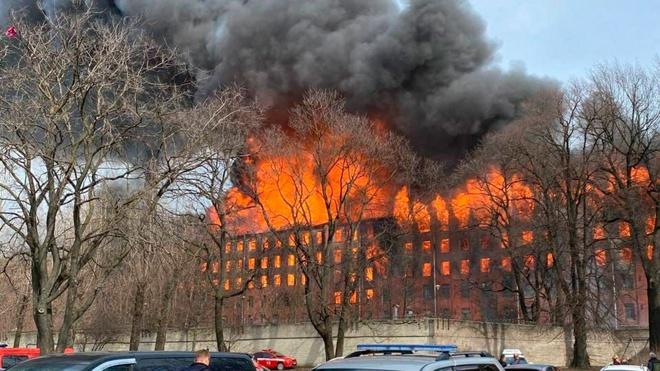 Пожар на «Невской мануфактуре» в Петербурге ликвидирован