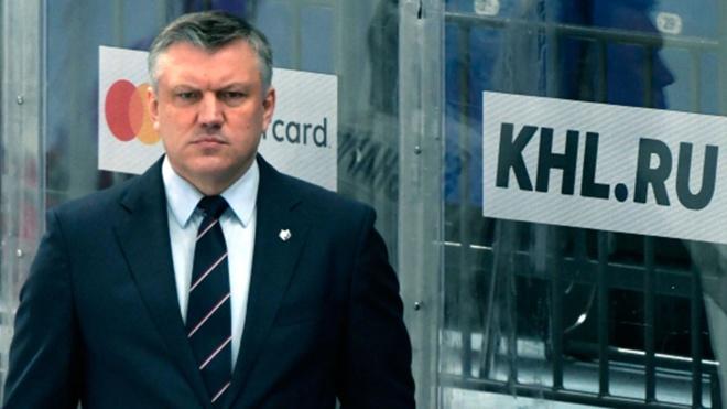 Главный тренер хоккейного клуба «Нефтехимик» покинул свой пост