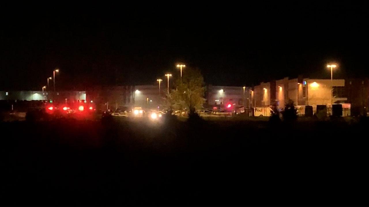 АВС: стрельба с пятью погибшими произошла в отделении FedEx в Индианаполисе