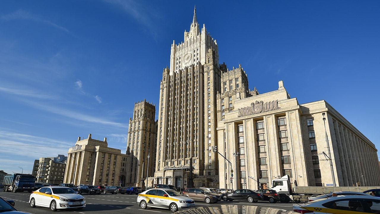 МИД рекомендовал консулу Соснюку покинуть территорию РФ в течение 72 часов