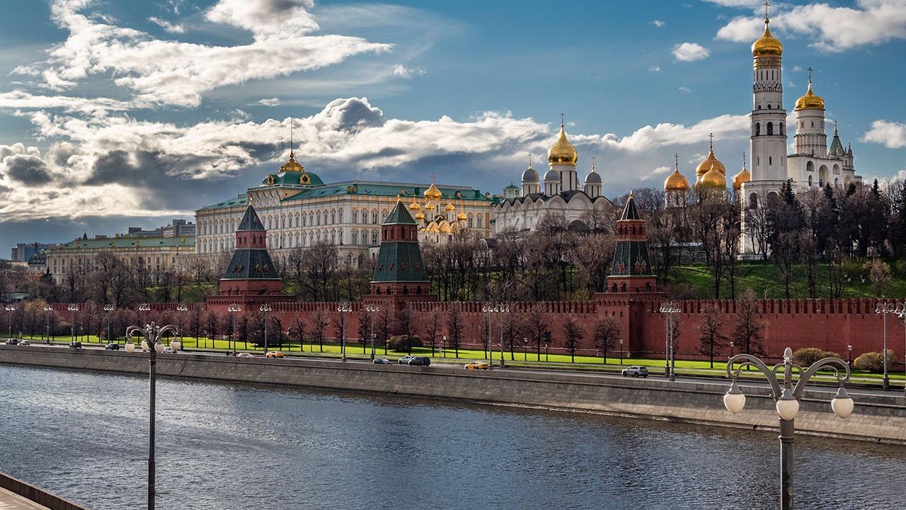 В Кремле заявили, что возвращение посла США в РФ будет зависеть от целесообразности этого