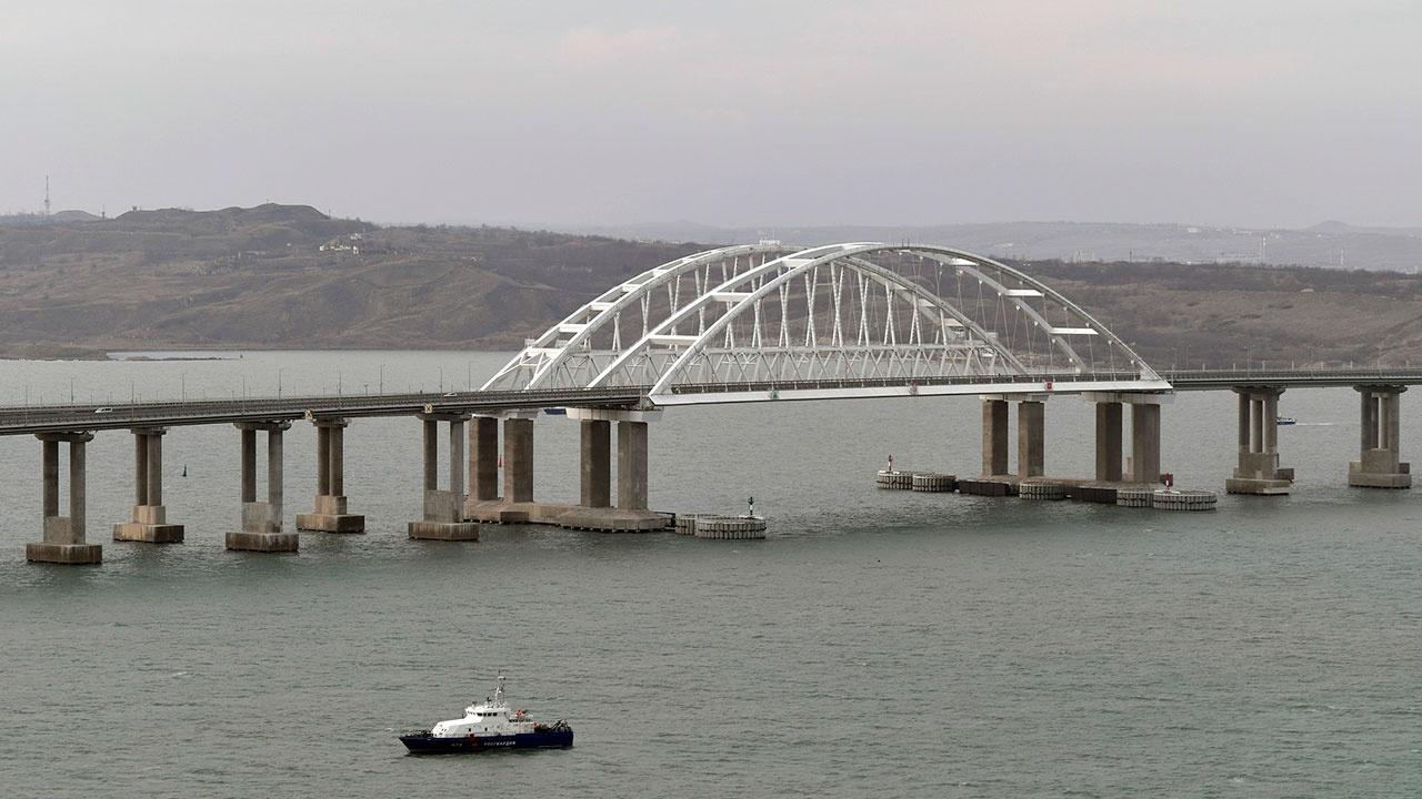 В МИД РФ объяснили ограничение прохода судов через Керченский пролив