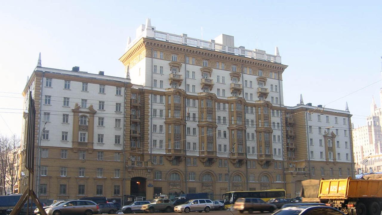 Десять сотрудников посольства США в РФ объявлены персонами нон грата