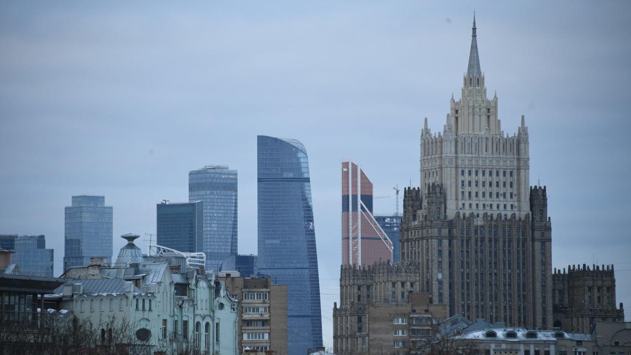 МИД РФ отреагировал на высылку российских дипломатов из Словакии