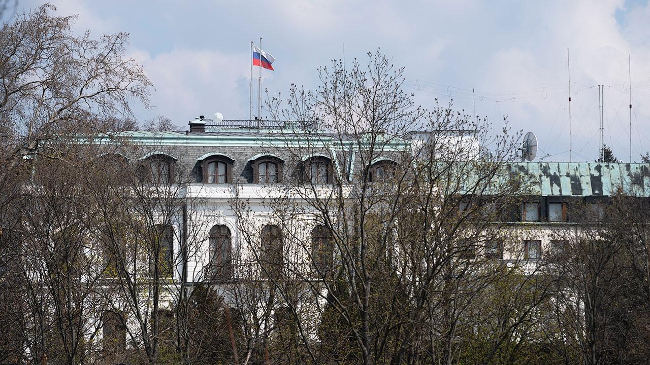 МИД Чехии сообщил о сокращении численности российского посольства в Праге