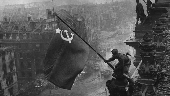 Д/ф «Знамя Победы» (12+)