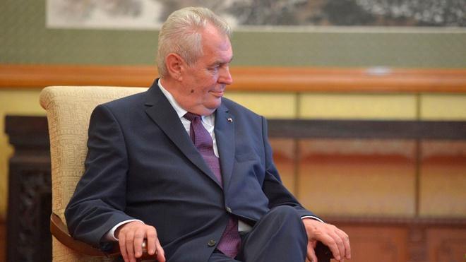Земан допустил, что причиной взрывов во Врбетице могло стать неосторожное обращение с боеприпасами