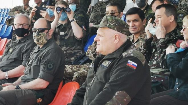 Увидеть «Триумф» в деле: иностранным военным атташе продемонстрировали возможности С-400 на полигоне под Астраханью