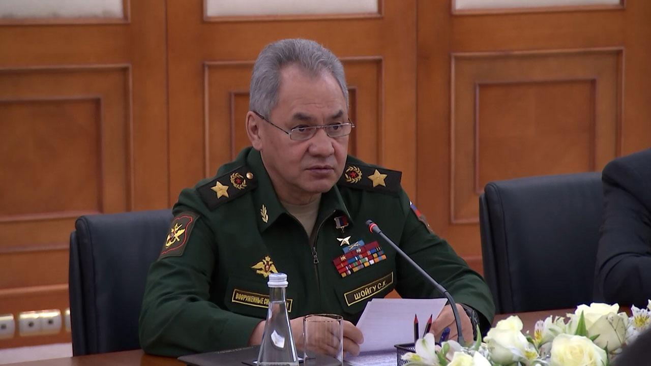 Шойгу передал Узбекистану документы о вкладе народа республики в разгром фашизма