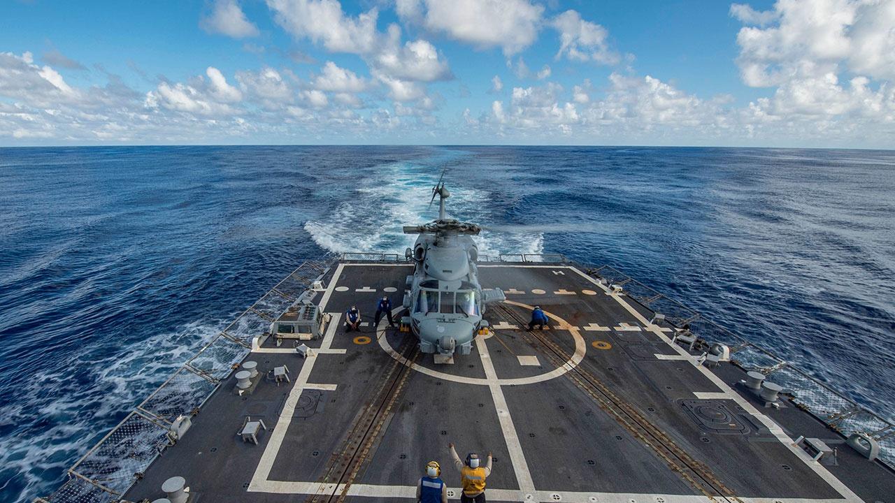 СМИ: ВМФ США обсуждали существование подводных баз НЛО