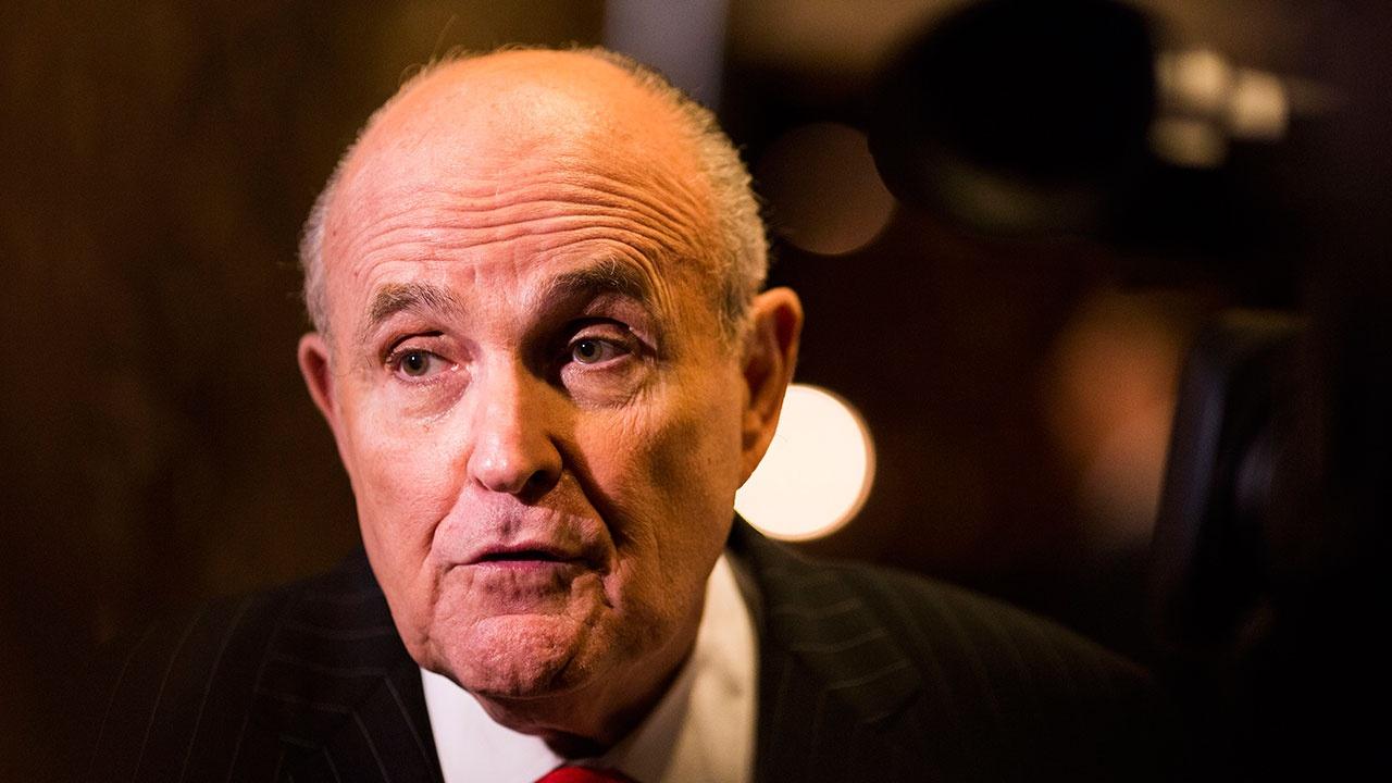 Washington Post  аннулировала сообщение о том, что ФБР предупреждало Джулиани об «операции РФ»