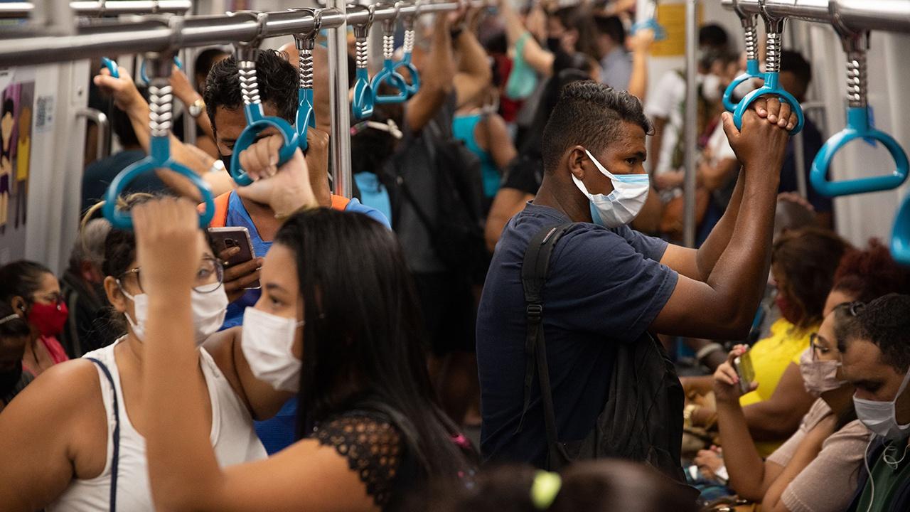 Ученый назвал страну-«лабораторию» по выведению новых штаммов коронавируса