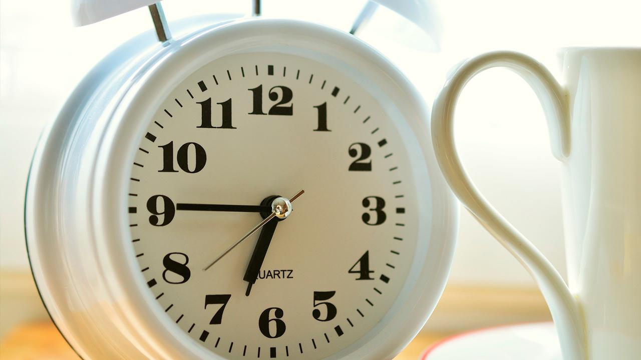 Сомнолог рассказал, как правильно спать в выходные