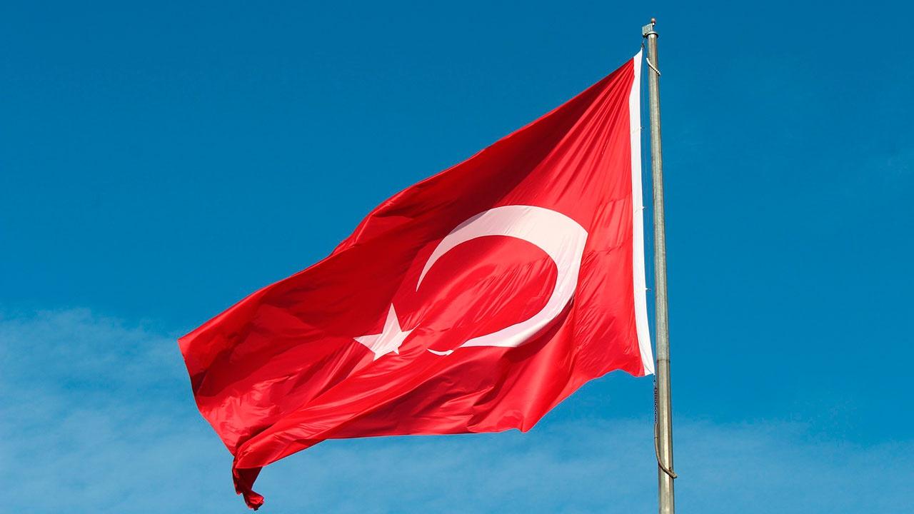 Туристки из Украины задержаны в Турции за откровенную фотосессию