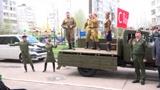 Концерт для фронтовика: ансамбль РВСН поздравил ветерана в Подмосковье