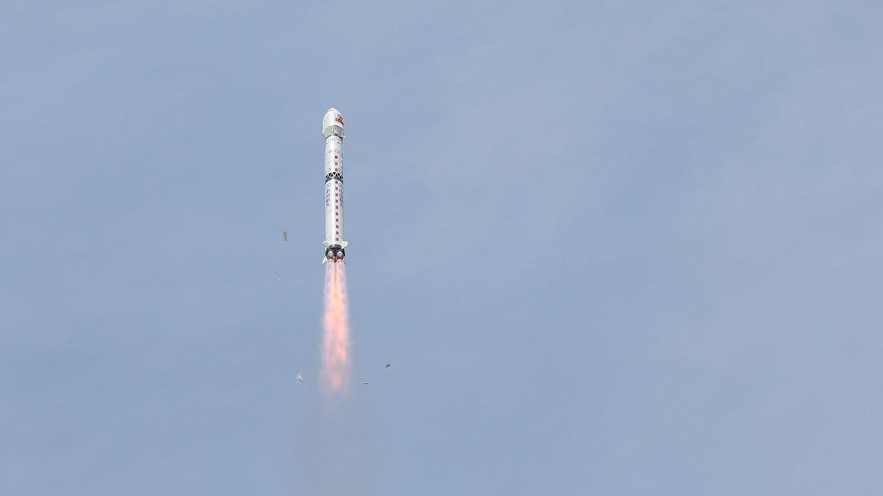 В МИД Китая оценили риски от падения обломков ракеты «Чанчжэн-5B»