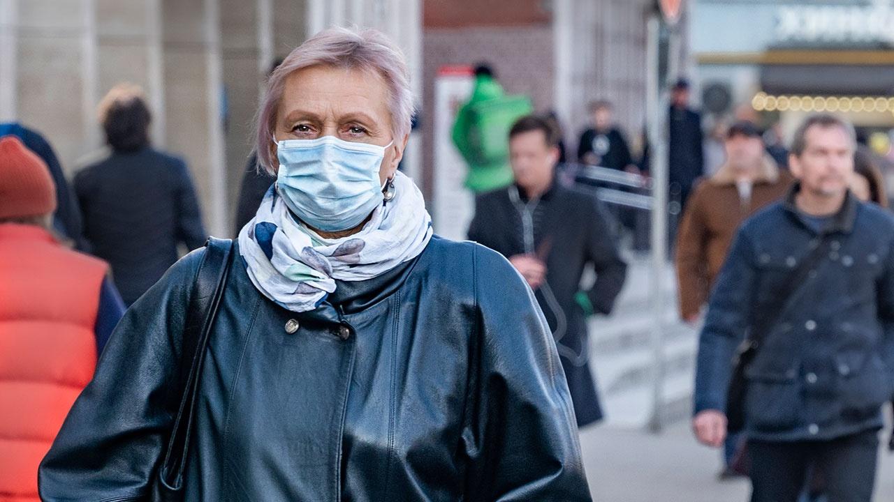 В Москве выявили 2765 новых случаев заболевания COVID-19